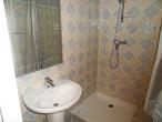 la salle de bain grise